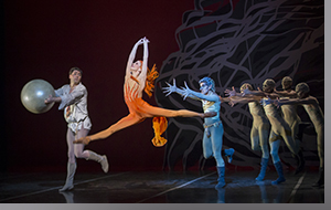 (Left to right) Alexei Tuyukov, Maria Mosina, Francisco Estevez, and ensemble in The Firebird