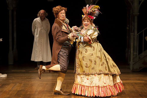 Michael Fitzpatrick as Fezziwig and Leslie O'Carroll as Mrs. Fezziwig