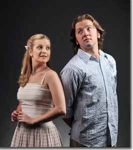 Emily Van Fleet as Luisa and Nick Henderson as Matt