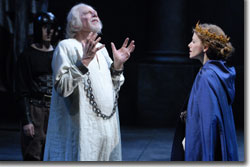 Philip Pleasants as King Lear and Stephanie Cozart as Cordelia
