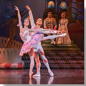 Dana Benton as the Sugarplum Fairy and Yosvani Ramos as the Cavalier